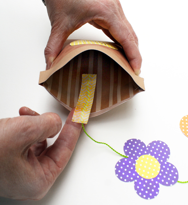 Flower Pot Card_Taping String