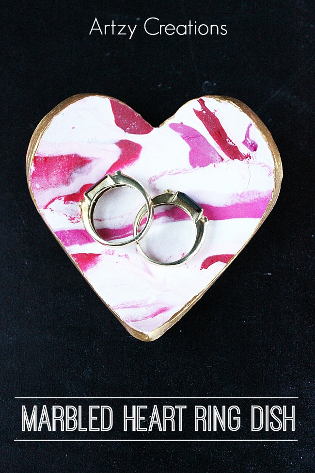 Marbled-Heart-Ring-Dishes-Artzy Creations Main