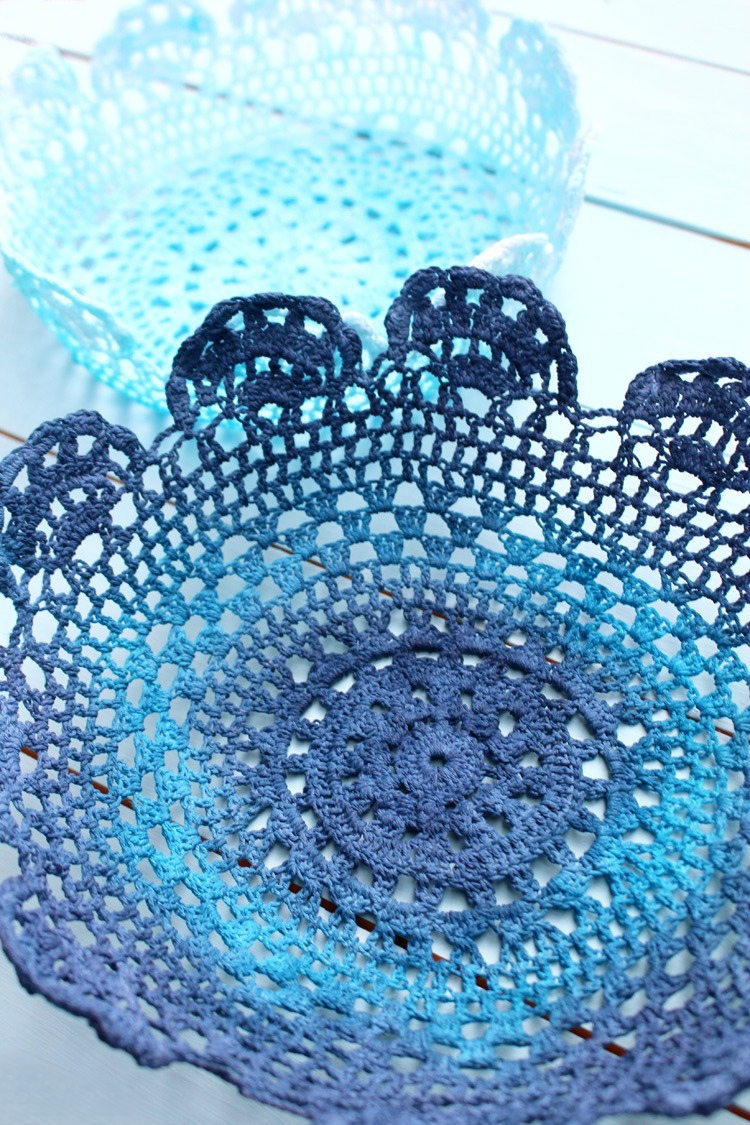 Dyed-DIY-doily-bowls-Artzy Creations-1a