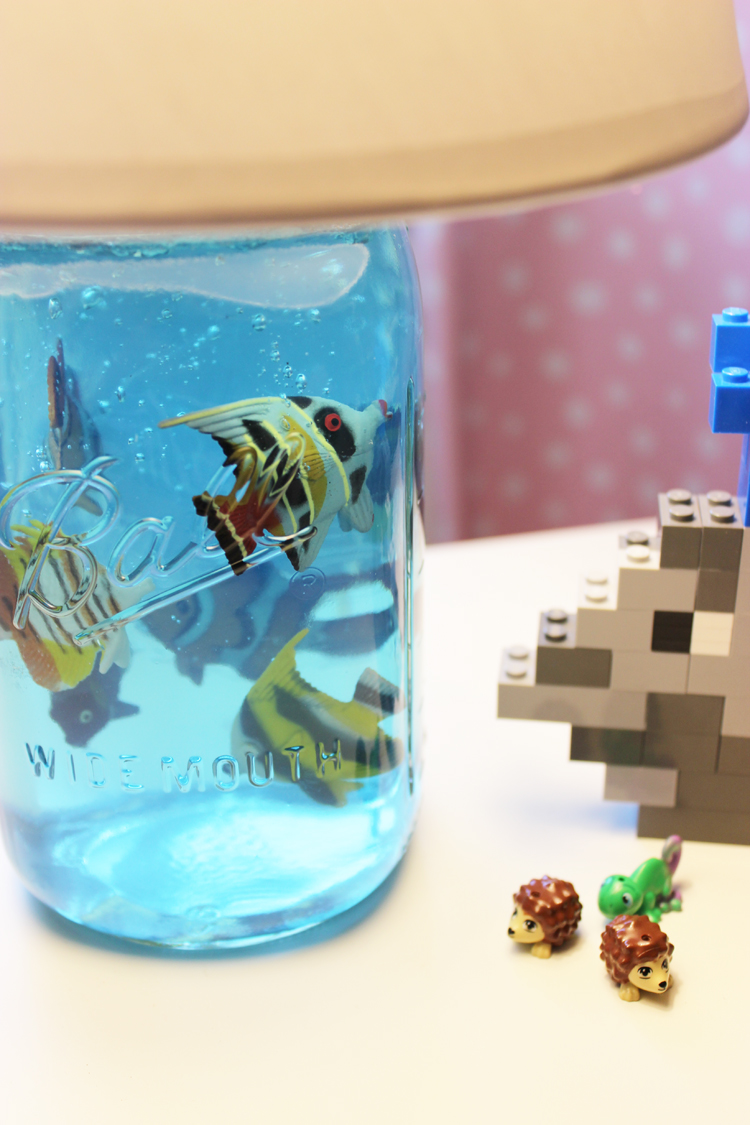 DIY-Mason-Jar-Aquarium-Lamp-Artzy Creations 13