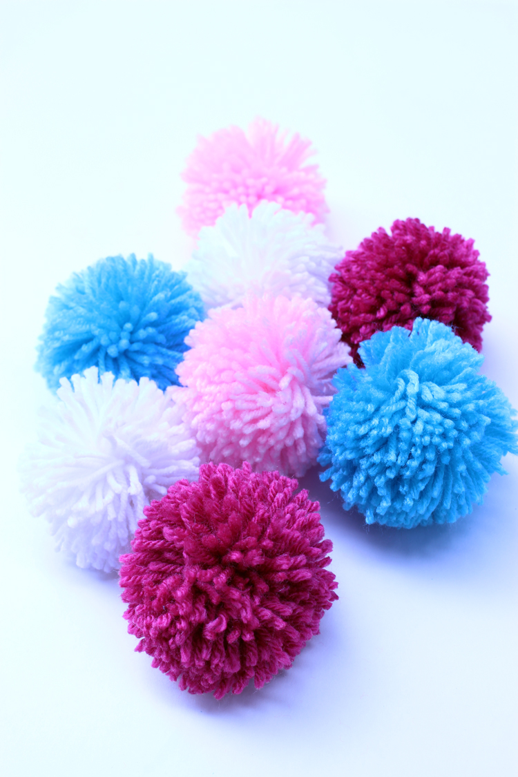 pom pom ice cream cones for kids. Black Bedroom Furniture Sets. Home Design Ideas