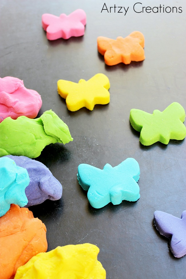 Homemade-Playdough-For-Kids-Artzy Creations 6