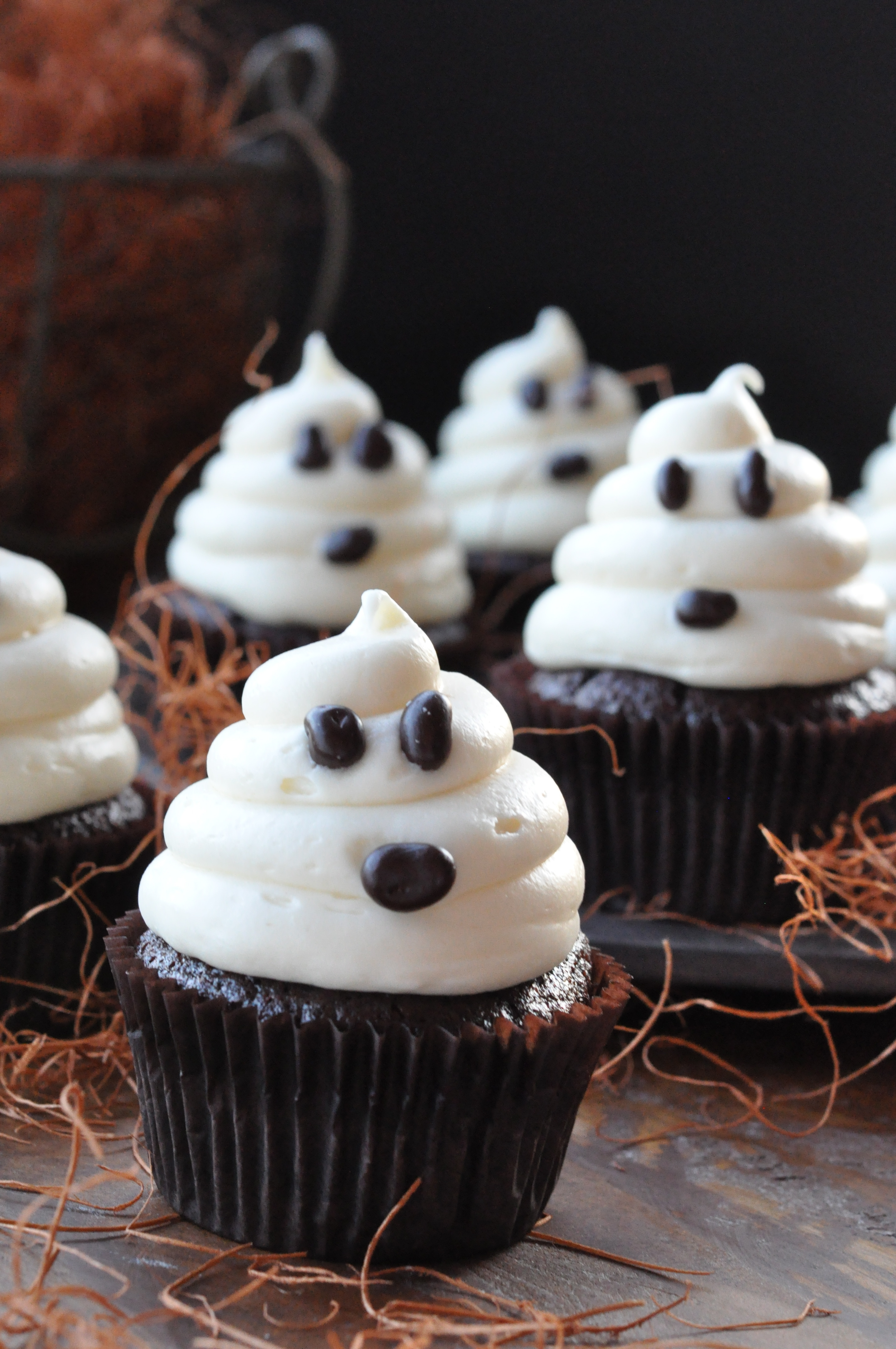 Easy-Ghost-Cupcakes