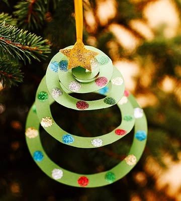 Construction-Paper-Christmas-Tree-Ornament-DIY-Kids-Craft