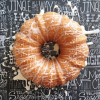 Eggnog-Bundt-Cake-with-Eggnog-Sugar-Glaze-2A-Pretty-Life