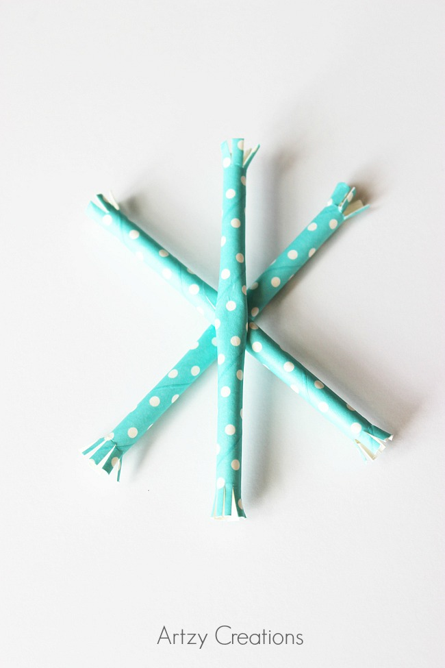 Paper-Straw-Snowflake-Ornaments-Artzy Creations 4