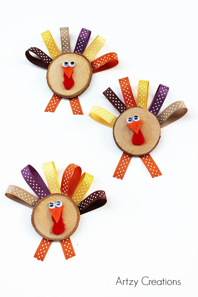 Wood Slice Turkeys for Kids-Artzy Creations 3