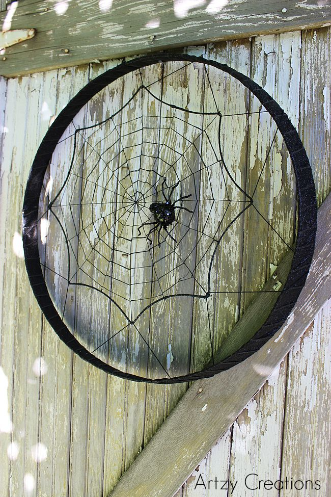 DIY-Wine Barrel-Halloween-Wreath-Artzy Creations 6
